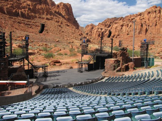 Tuacahn Amphitheatre In Ivins Near Snow Canyon State Park Is A Beautiful Facility In A Gorgeous